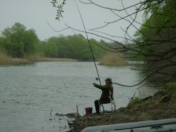 Рыбалка дикарём в астрахани
